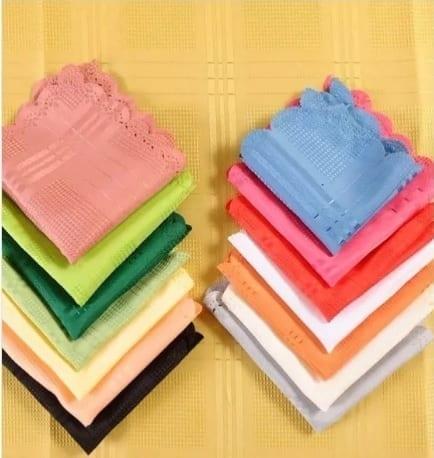 mantel rectangular con servilletas